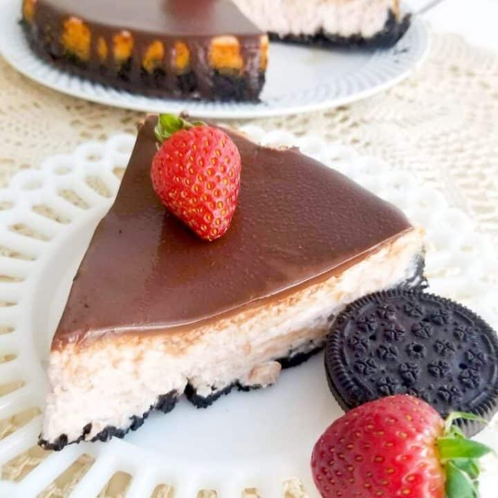 Strawberry Cheesecake with Chocolate Ganache