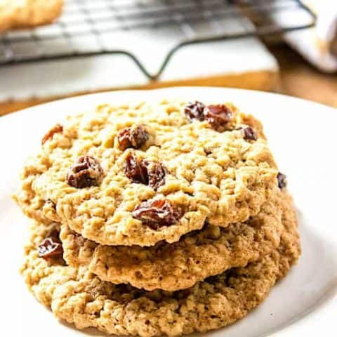 Quick Oatmeal Raisin Cookies Recipe