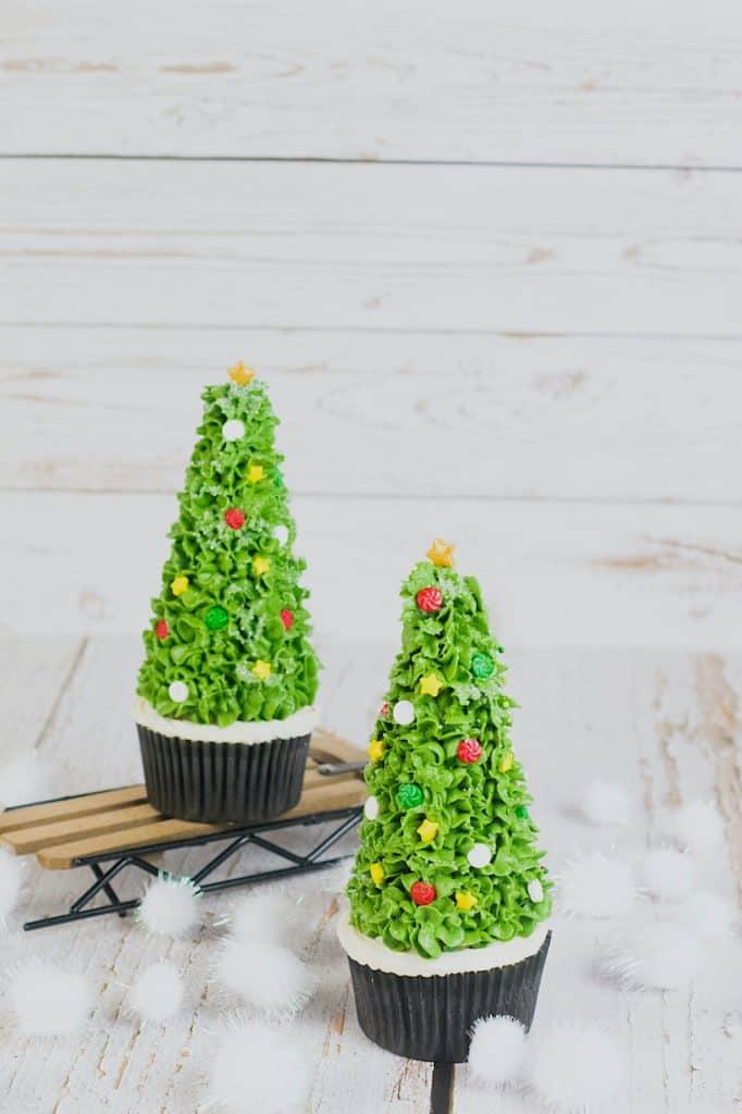 ice cream cone Christmas tree cupcakes